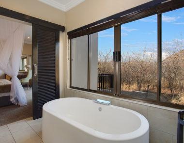 Shepherds Tree Game Lodge Standard Suite Bathroom