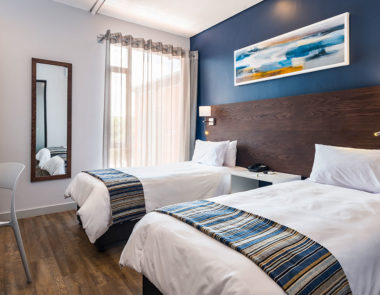 KathuHotel-twin room-02-web